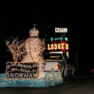 Light Parade5